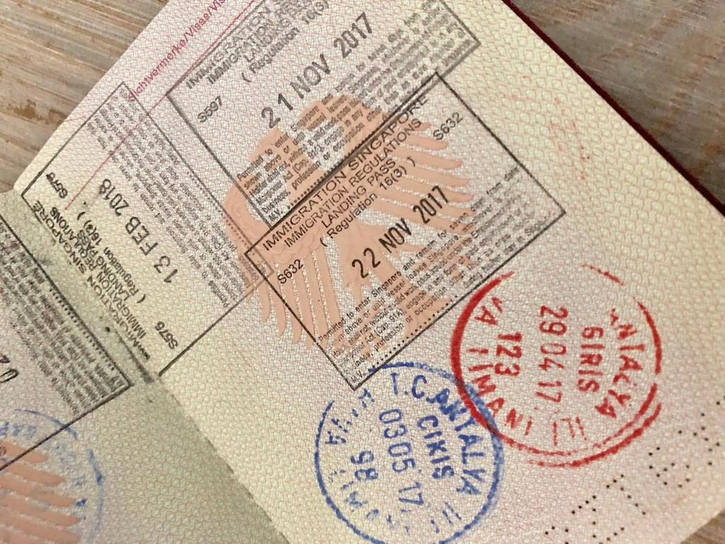 Reisepass mit Visumstempel